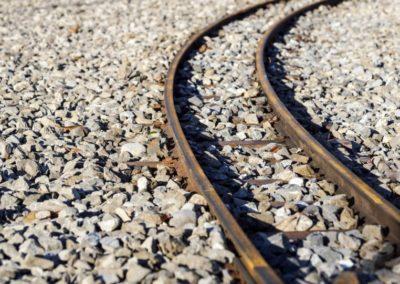 cechy-dobrego-tlucznia-kolejowego-820x541